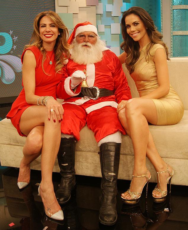 Amigas Veja o que o espírito natalino é capaz de fazer: Luciana Gimenez recebe Daniela Albuquerque no especial de Natal do 'Superpop', da RedeTV! (Divulgação)
