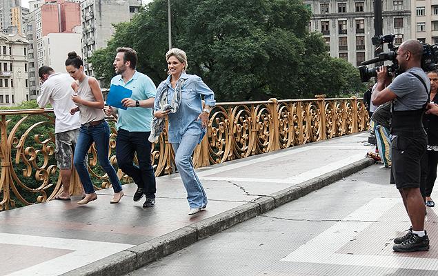 Maratona Priscila Machado, Christiano Cochrane e Andréa Nóbrega correm no centro de São Paulo em uma das provas do 'Aprendiz Celebridades' de hoje, na Record (Crédito: Edu Moraes/Record)