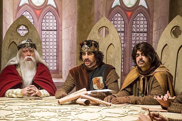 """CONTO DE FADAS Adnet e Marcius Melhem vivem Rei Arthur e Lancelot, respectivamente, em """"Tá no Ar: a TV na TV"""", que deve ganhar nova temporada na Globo"""