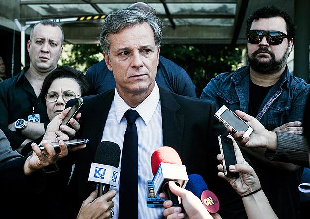 Fama: Marcelo Novaes vive um delegado ambicioso em 'Dupla Identidade' (Globo) e vê na solução dos casos do serial killer um passaporte para o sucesso