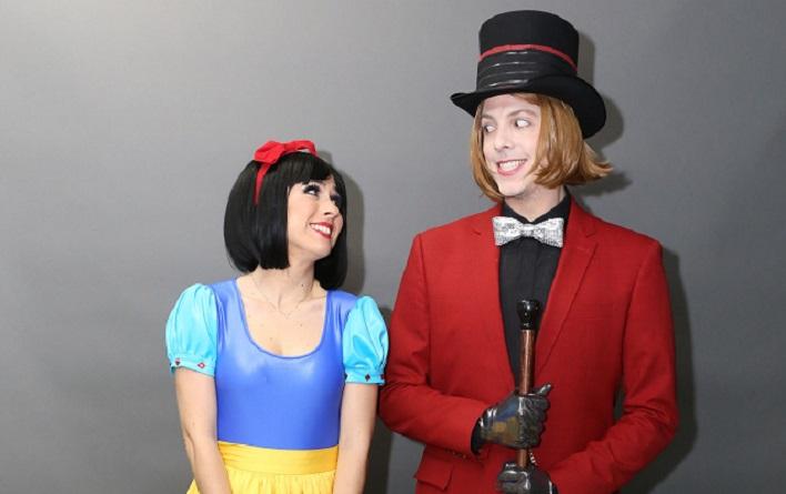 FANTASIA - Tatá Werneck e Fábio Porchat como Branca de Neve e Willy Wonka em 'Tudo pela Audiência', que volta na segunda (5) no Multishow (crédito: Gianne Carvalho/Divulgação)