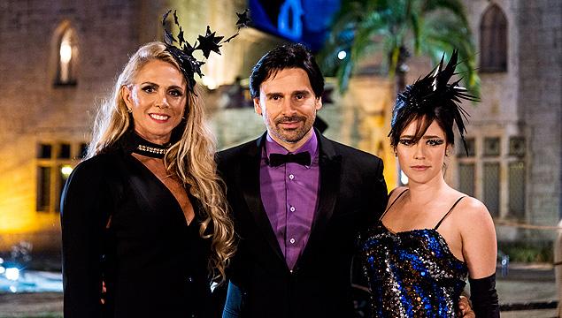 Cartola: Hortência (esq.), Murilo Rosa e Fernanda Vasconcellos gravam Truque VIP', quadro de mágica que estreia em janeiro no Domingão do Faustão' (Globo)