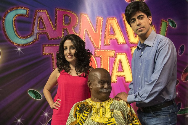 GLOBELEZA Marcius Melhem e Luana Martau comandam a transmissão de Carnaval do 'Tá no Ar: a TV na TV', com comentários de Welder Rodrigues (crédito: Ellen Soares/TV Globo)