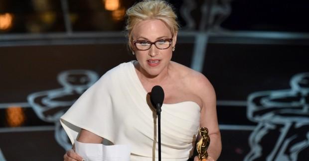 Patricia Arquette vence o Oscar de atriz coadjuvante