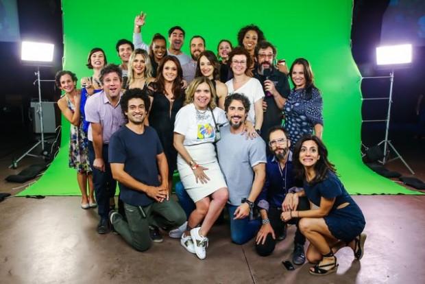 EMETEVÊ Encontro de gerações de ex-VJs da MTV na festa que aconteceu em SP, nesta terça (20), para comemorar os 25 anos da chegada do canal ao país (Manuela Scarpa/Divulgação)
