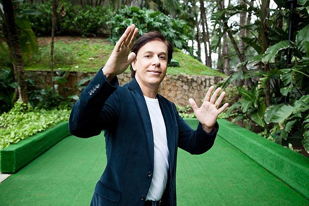 O humorista Tom Cavalcante, que prepara novo programa para 2016 - Crédito: Zô Guimarães/Folhapress