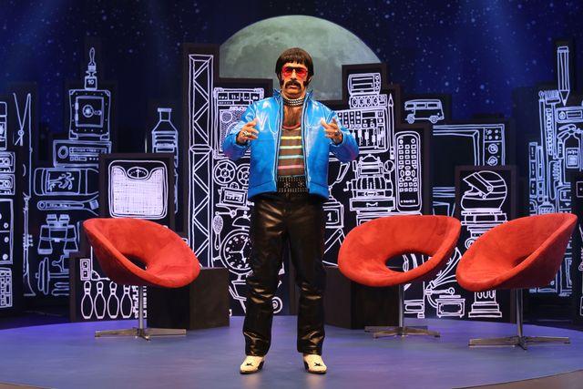 Quinze anos após lançar o Pitbicha, Tom Cavalcante volta a interpretá-lo em sua atração no Multishow, que estreia em abril. (Divulgação)