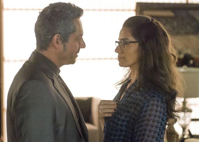 Giovanna Antonelli e Alexandre Nero em cena de 'A Regra do Jogo' (Renato Rocha Miranda/Divulgação)
