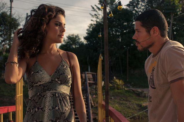 Paloma Bernardi e Jose Loreto em cena do filme 'Mais Forte que o Mundo - A História de José Aldo', de Afonso Poyart. EXCLUSIVO OUTRO CANAL. DIVULGAÇÃO