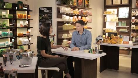 Maria Prata entrevista o CEO da Bodyshop, que tem cosméticos à base de maconha