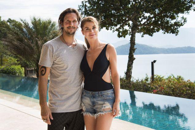 Vladimir Brichta e Alinne Moraes gravam as primeiras cenas de 'Rock Story' (Cesar Alves/Divulgação)