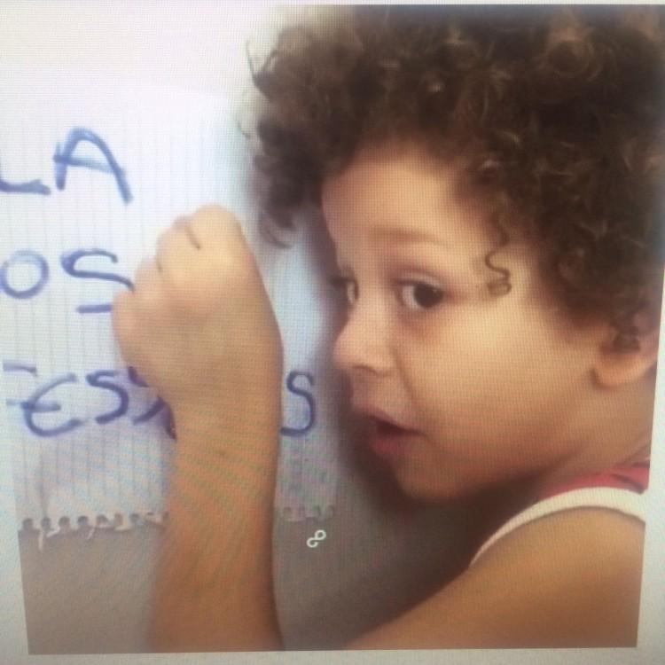 Isaac do Vine em um de seus vídeos (Reprodução)