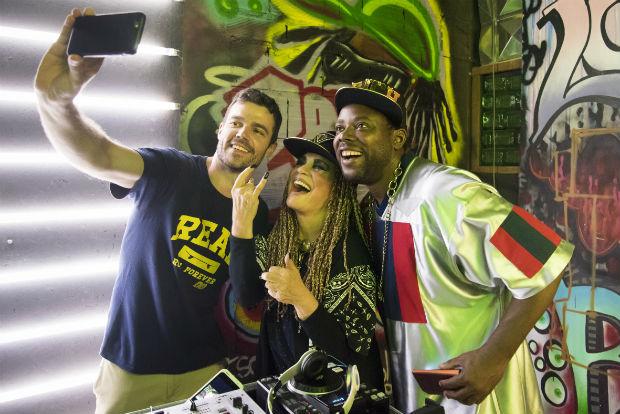 Na próxima temporada do 'Tá no Ar' (Globo, estreia em 24/1), Regina Duarte largará rimas para contar sua trajetória na TV em uma batalha de MCs