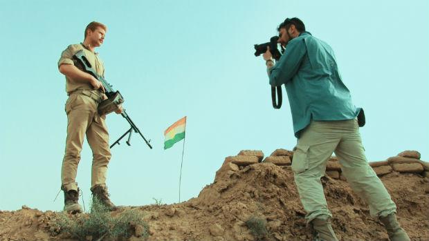 Em 'Zona de Conflito', o History segue o fotógrafo brasileiro Gabriel Chaim no Iraque e na Síria. Estreia em 4/2