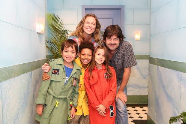 Elenco da série 'Detetives do Prédio Azul', destaque do canal pago Gloob (Divulgação)