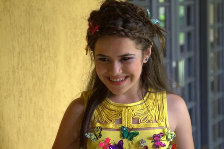 Maísa Silva em cena do filme 'Carrossel'